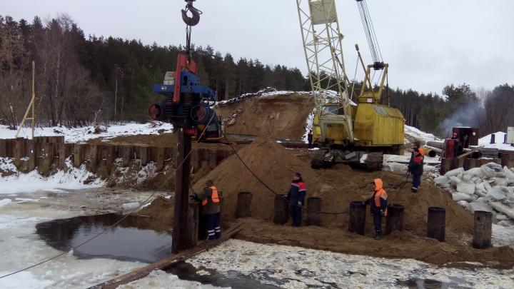 На трассе от Линды до Городца начали строить новый мост