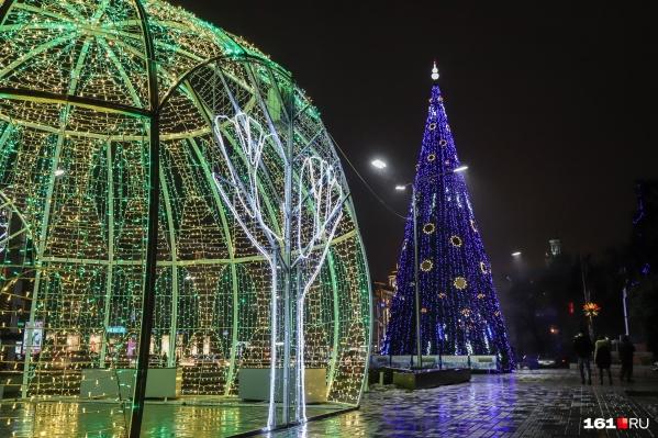 Новогодняя ёлка стоила городу 750 тысяч рублей
