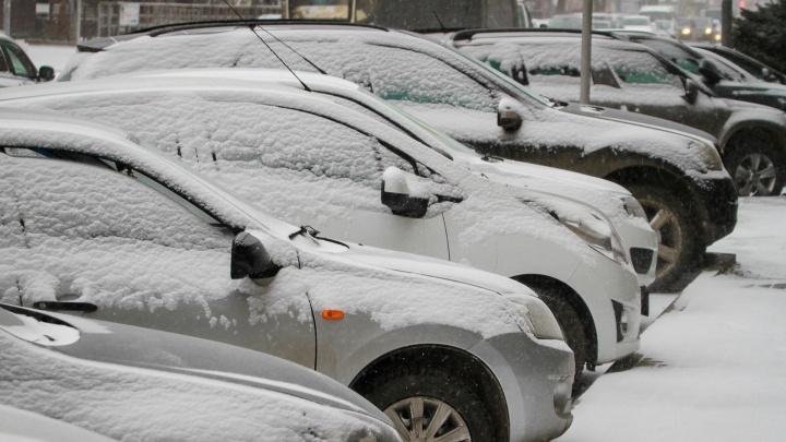 Центральный рынок в Ростове оштрафовали на миллион за парковку, а «парковочную мафию» «не заметили»