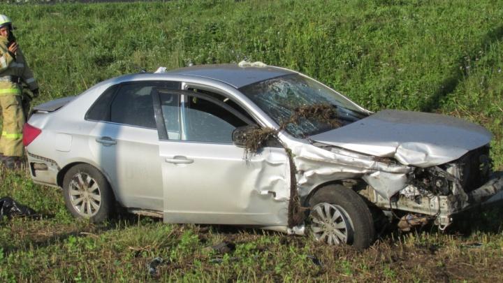 Не справился с управлением: в Башкирии «Субару», упавшую в кювет, поднимали 8 спасателей