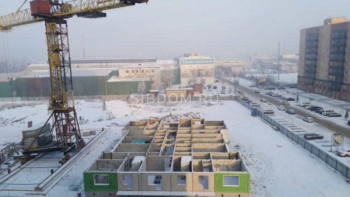 На территории бывшей «Сибстали» новый застройщик заложил сразу три панельных дома