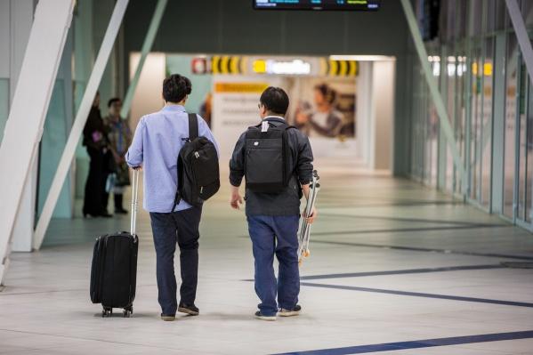 Задержали рейс авиакомпанииAzur Air