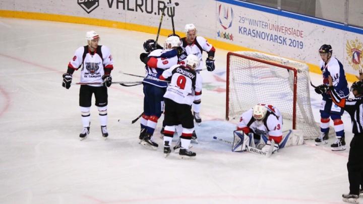 Свой первый матч на новом льду хоккеисты «Сокола» завершили победой