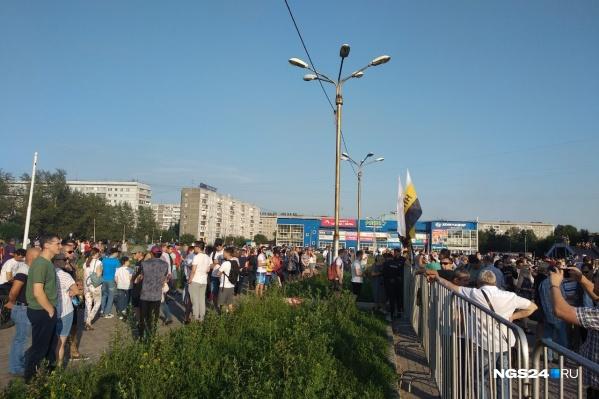 Митинг согласовали с третьего раза, говорят организаторы