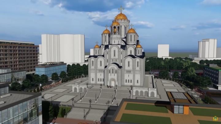 «Не все хотят просыпаться под звон колоколов»: читатели E1.RU проголосовали за место для храма