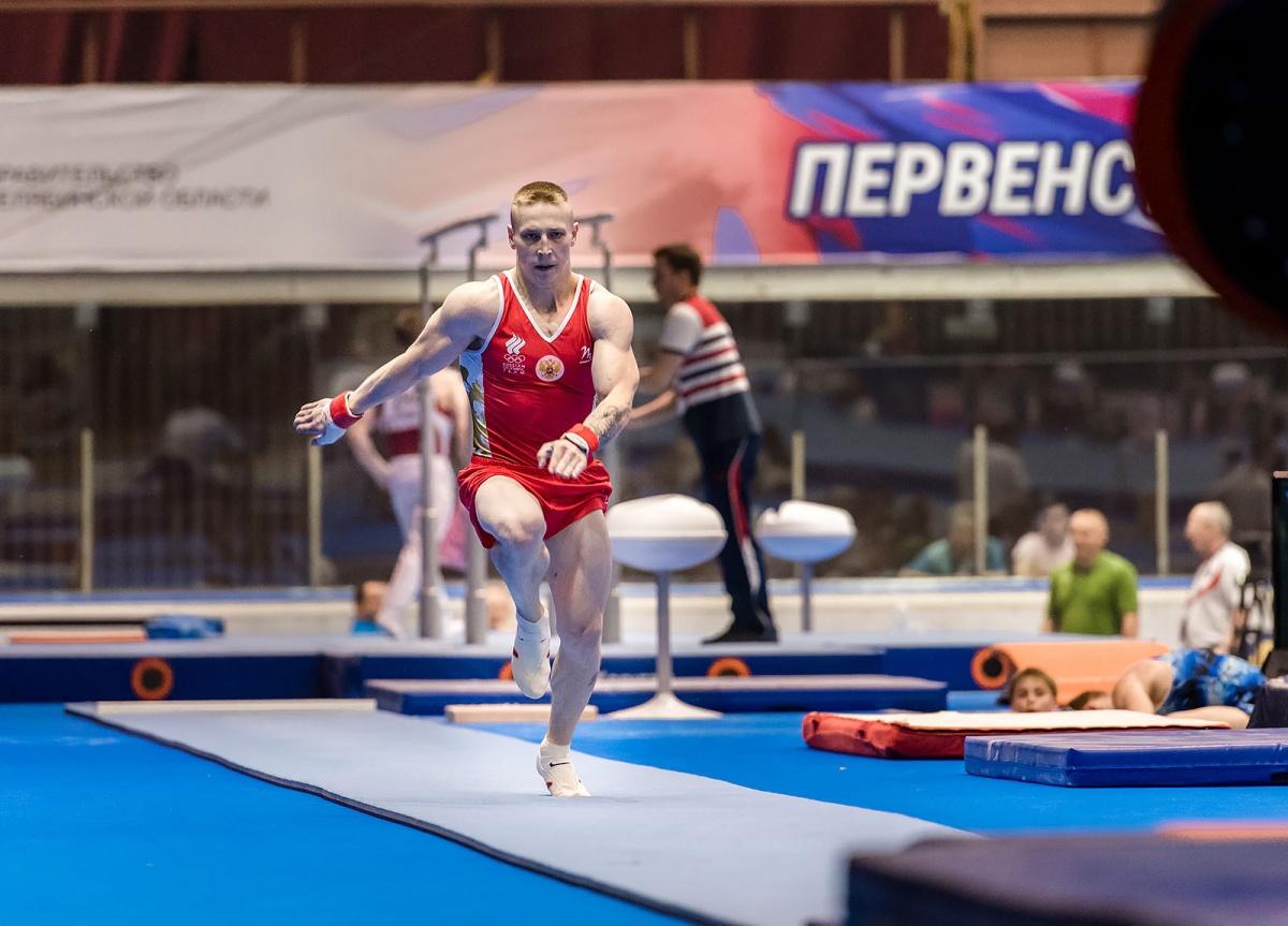 Денис Аблязин — пятикратный призёр Олимпийских игр (2012 и 2016), чемпион мира 2014 года в вольных упражнениях