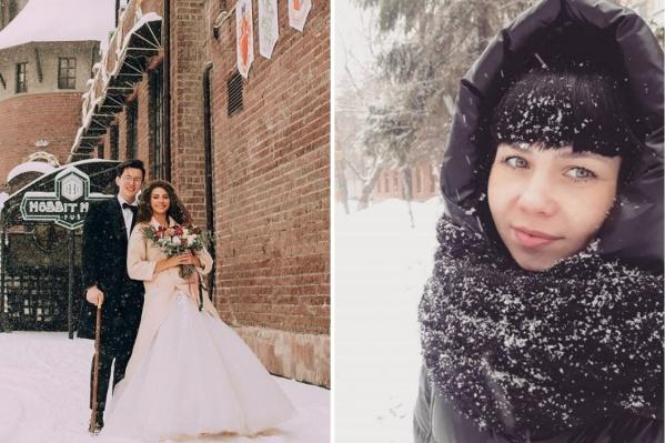 Заснеженные улицы — не только прекрасная декорация для свадебной фотосессии, но и лишний повод прогуляться