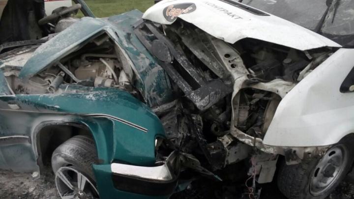 Авария на трассе под Новосибирском: один погибший и два пострадавших