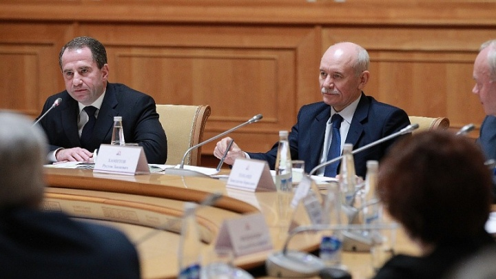 Полпред президента в ПФО предложил ввести запрет на работу чиновникам с уголовным прошлым