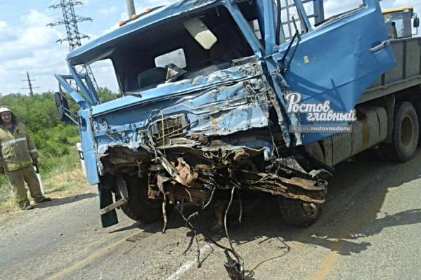 Водитель грузовика находится в больнице