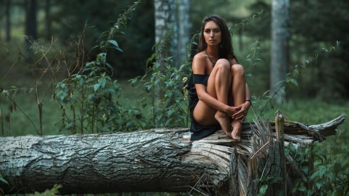 Новосибирский фотограф устроил фотосессию с обнажёнными ведьмами