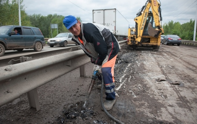 Ирек Ялалов: «Если хоть одну лопату асфальта положат в лужу - уволю»