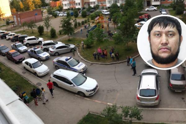 Спортсмена застрелили на парковке в жилом доме