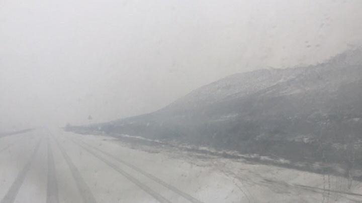 Дорожники сообщили об улучшении обстановки на трассе Р-22 в Волгоградской области