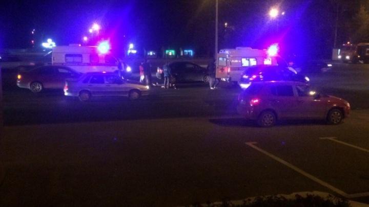 В Уфе рядом с горсоветом машина сбила молодую девушку