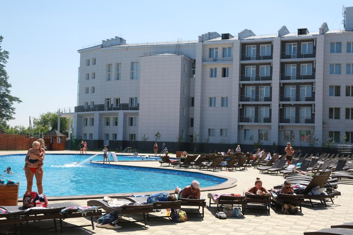 В Новосибирске открылся новый бассейн (видео)