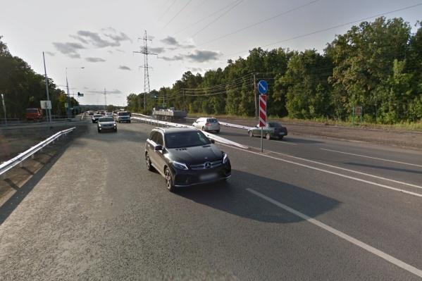 Среди перекрытых дорог — Красноглинское шоссе