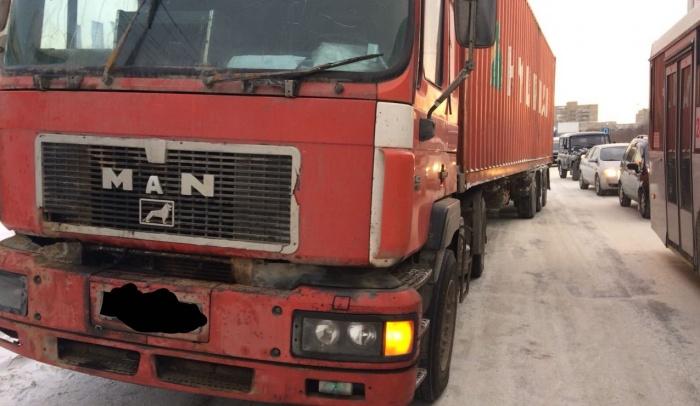 Водитель грузовика свою вину признал