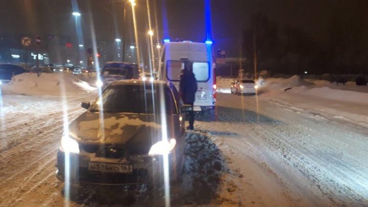 Около ТЦ «Космопорт» водитель «Субару» сбил 10-летнюю девочку