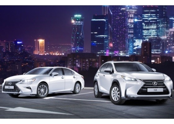 """Lexus """"обрушил"""" цены на самые популярные модели"""