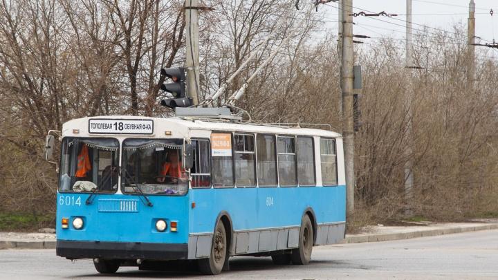 На перспективу: в Волгограде сохранят контактную сеть троллейбуса №18
