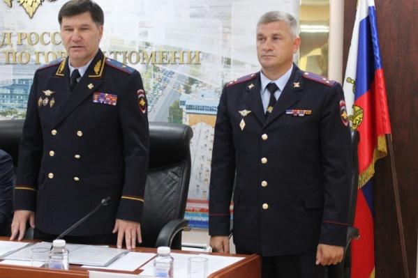 На первую встречу с подчиненными Евгений Козлов приехал вместе с руководителем областной полиции Юрием Алтыновым