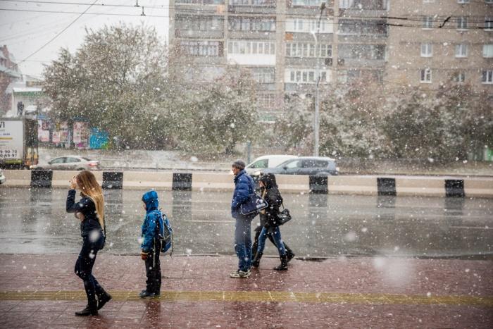По прогнозу синоптиков, в ночь на четверг в Новосибирске пойдёт мокрый снег