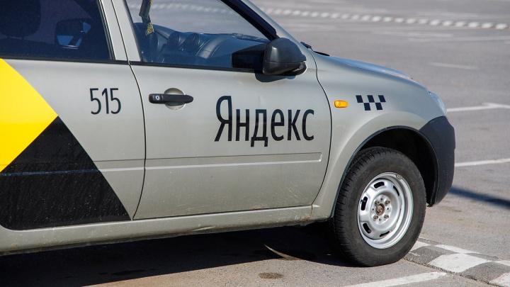 «С 1 января нас не будет»: в Волгограде таксисты «шестёрок» готовятся к продаже компании «Яндекс»