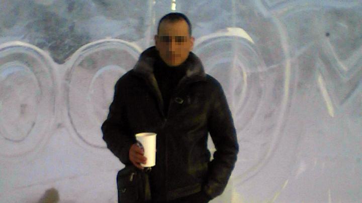 «Ставил в угол и на горох»: жена южноуральца рассказала, за что он истязал девятилетнего сына