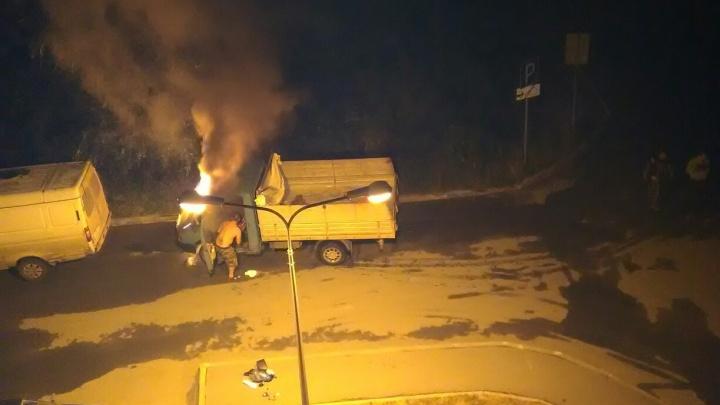 Из-за топливной системы в Тюмени горел ГАЗ