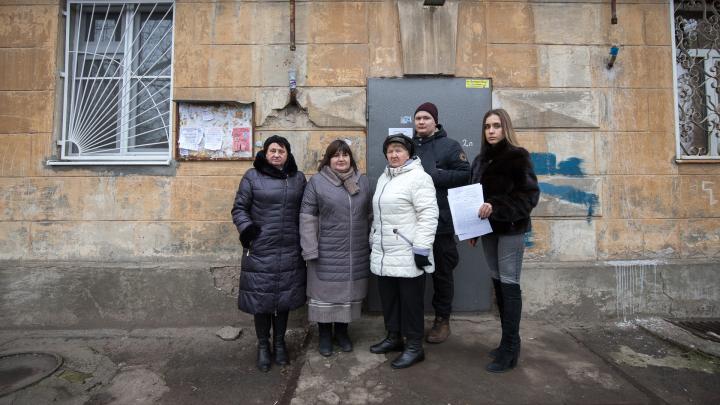 «Власти требуют деньги и издеваются»: в Ростове жители дома на 14-й Линии неделю сидят без газа