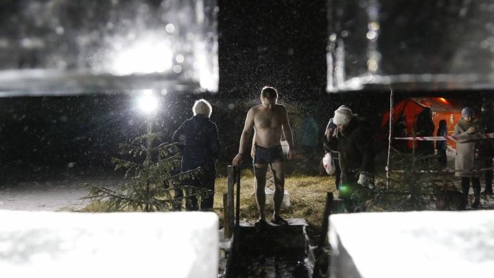 «Как заново родилась»: архангелогородцы — о том, зачем купаются в Крещение