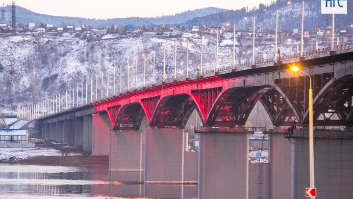 На 4-м мосту нашли тело мужчины
