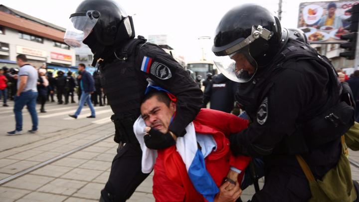 В 19 городах задержали 291 человека: как Россия протестует против пенсионной реформы