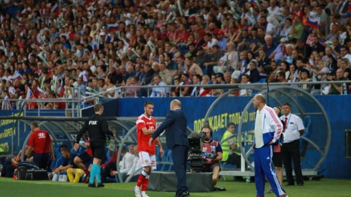 Полузащитник ФК «Ростов» попал в состав сборной России на матчи с Германией и Швецией