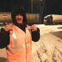 «Забрал у полиции»: южноуралец спас на дороге дедушку, обманутого работодателем в Москве