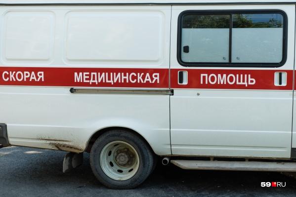 Пострадавших пассажиров отвезли в больницу. Во время ДТП в Верещагинском районе погиб водитель и получили травмы семь человек