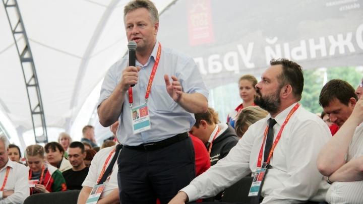 «Я приходил работать в команде Кокорина»: Александр Карпов уходит с поста замгубернатора Зауралья