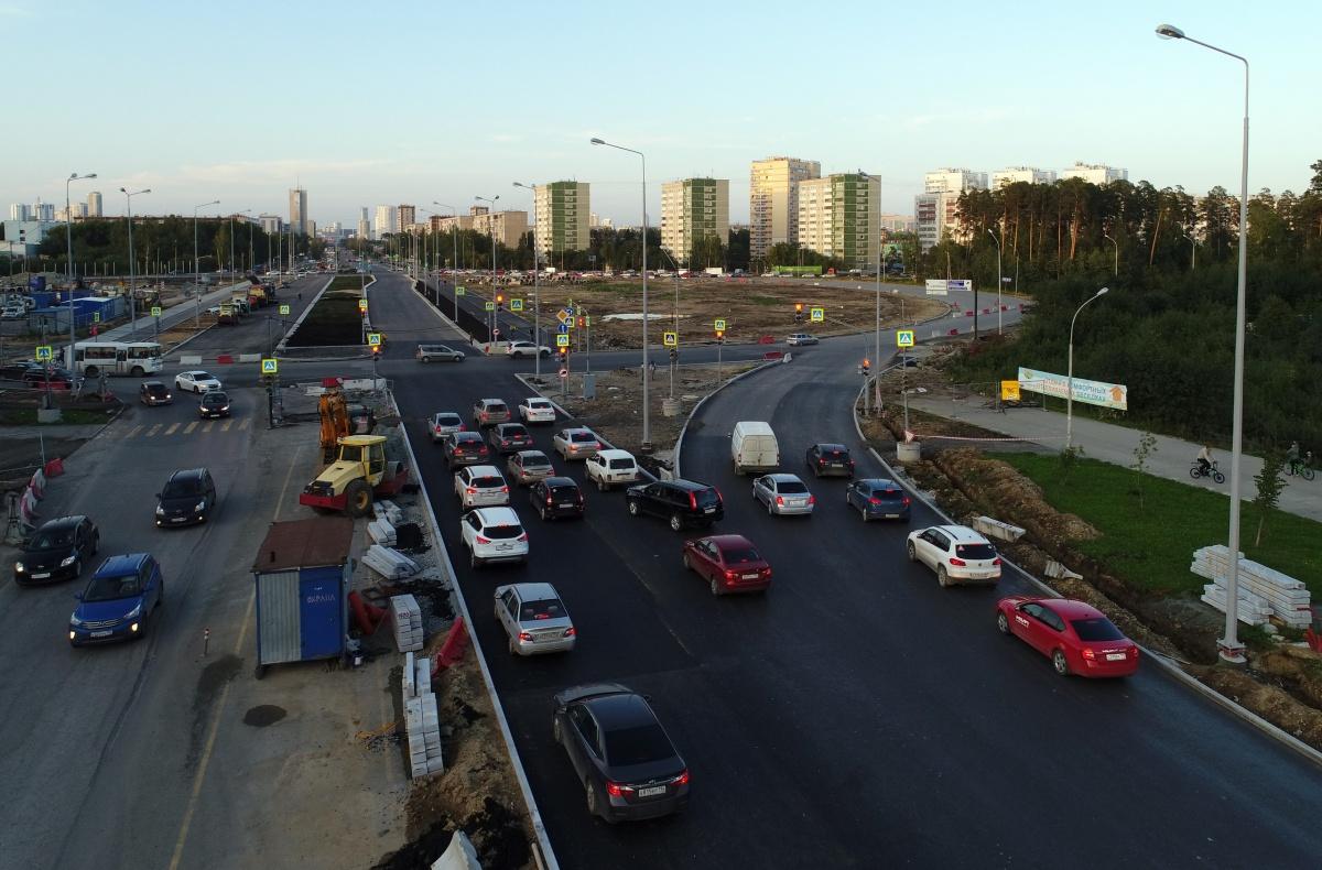Потоки машин на Объездную и в центр города разделили