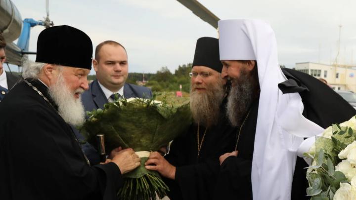 «Будут обсуждать восстановление монастыря»: патриарх Кирилл прибыл на Соловки