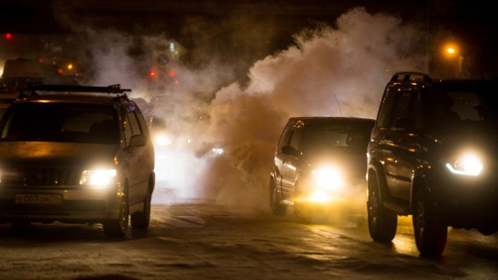 Новосибирские автолюбители стали чаще обращаться за помощью на дорогах