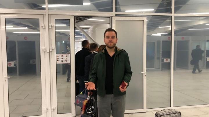 Новосибирские таможенники арестовали скрипку и задержали знаменитого скрипача Михаила Симоняна