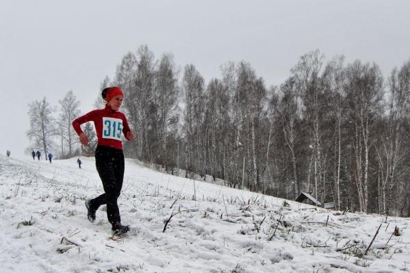Покататься на горнолыжке уже нельзя, зато бегать можно всегда