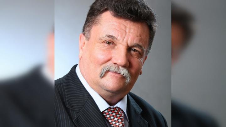 «Был честным и порядочным»: скончался директор челябинской школы № 147