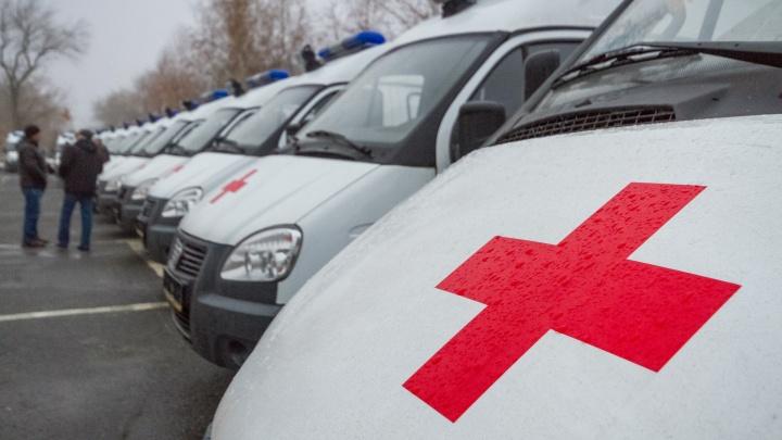 В Челябинск доставили три десятка новых машин скорой помощи