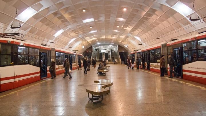 Депутаты запретили волгоградцам курить на станциях метротрама