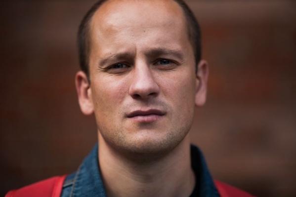 Пермский писатель Павел Селуков начал печатать свои рассказы в «Фейсбуке», а сейчас выпустил уже вторую книгу