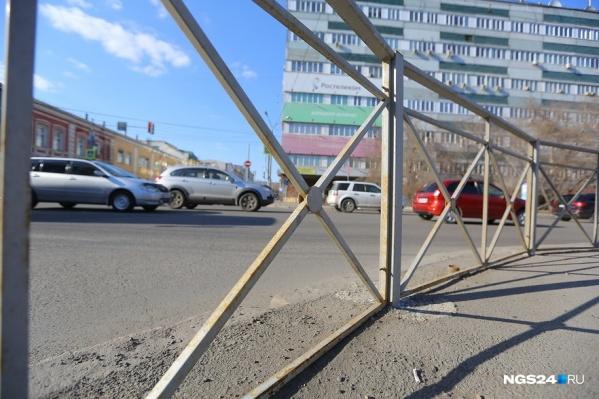 Такие конструкции массово стали появляться на улицах осенью 2017 года