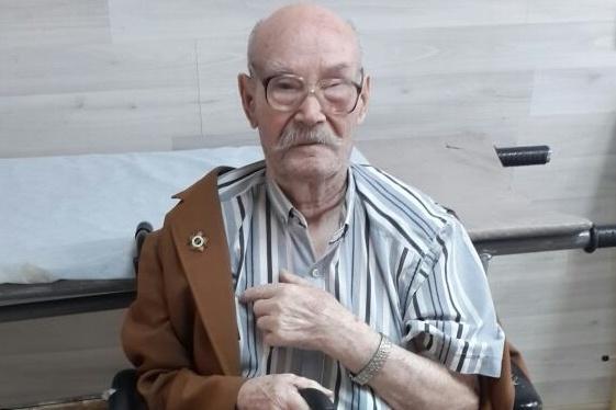 После конфликта с роднёй ветеран сидит дома и пьёт таблетки