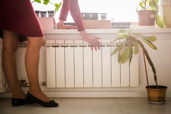 Отопление в квартирах новосибирцев исчезнет 10 мая, а горячую воду начнут отключать уже с 15 мая
